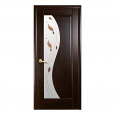 Межкомнатная дверь Эскада с цветным стеклом сатин (ПВХ)